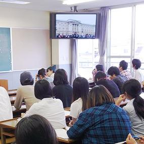 海外研修旅行報告会を行いました。