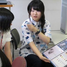 オープンキャンパスでは学生の作品集を見ることができます!