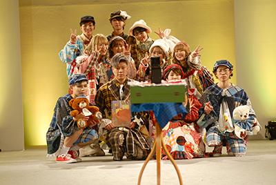 fashionshow2019-20_03.jpg