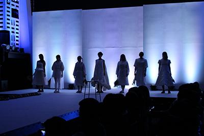 fashionshow2019-20_07.jpg