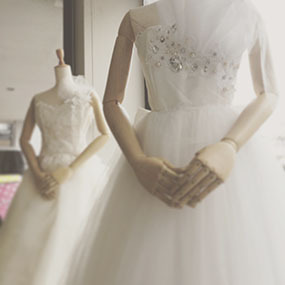 Make a wedding dress!! ギャラリー展示スタート