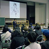 ビジュアルデザイン科3年生 卒業制作合評会を行いました。